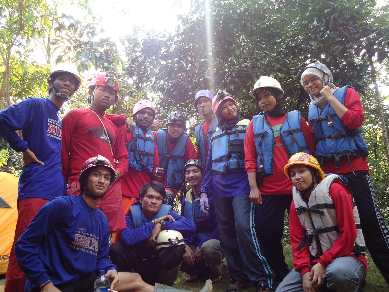 Divisi Mahasiswa Pencinta Alam (DIMPA)  Universitas